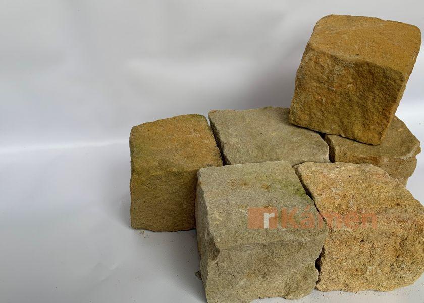 Pískovcové kostky 8x11