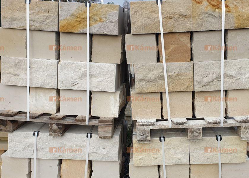 Pískovcové kameny1