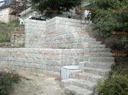schodiště z kamene