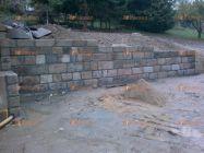 zeď z pískovce
