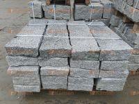 kamenné obrubníky